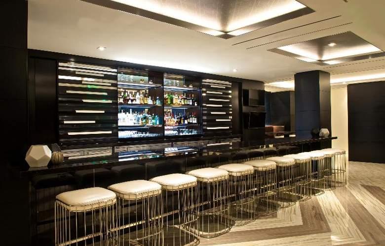 Beverly Hills Marriott - Bar - 7