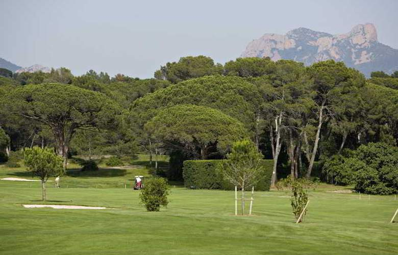 Best western Golf Hotel De Valescure - Sport - 24