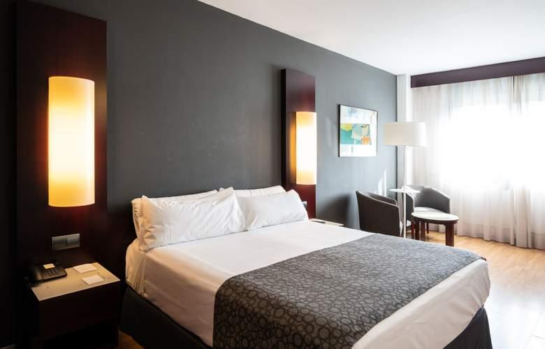 Catalonia Sabadell - Room - 9