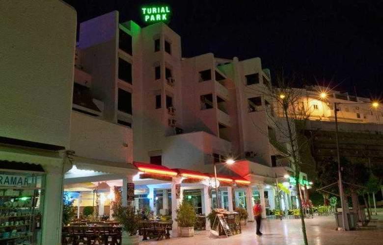 Turial Park - Restaurant - 38
