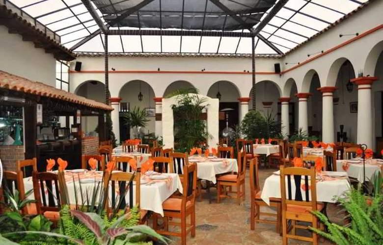 Plaza Magnolias - Restaurant - 10