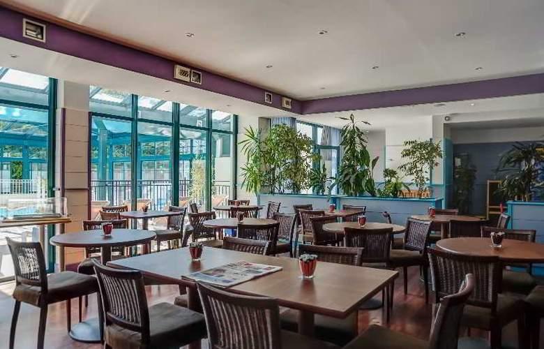 Pierre et Vacances la Rochelle Centre - Restaurant - 16