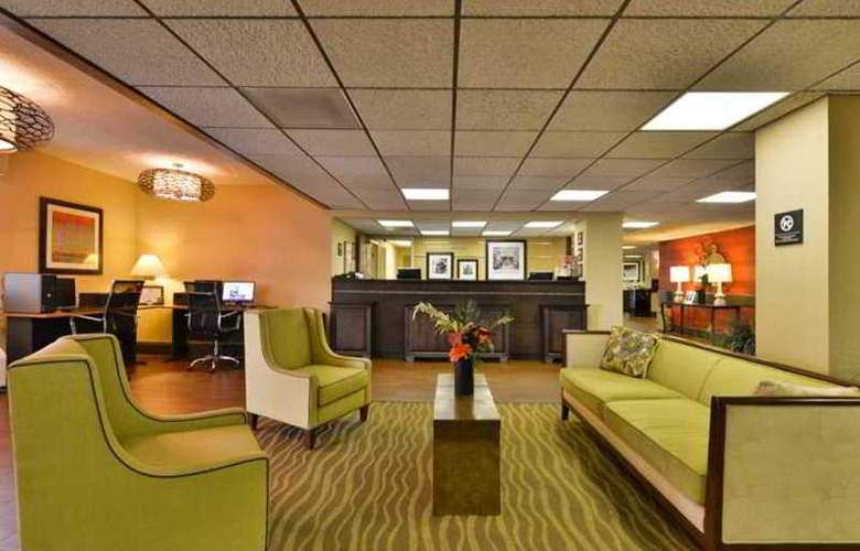 Hampton Inn Atlanta- Marietta - Hotel - 8