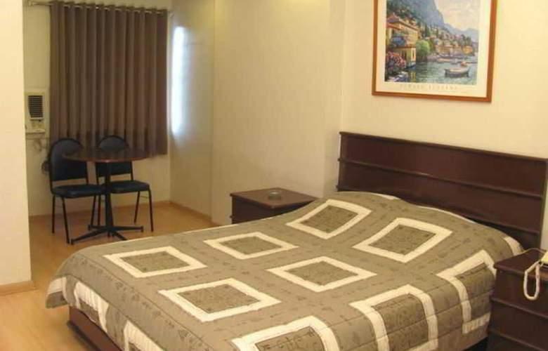 Robbinsdale Residences - Room - 5