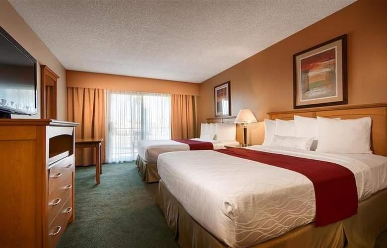 Best Western Plus Palm Desert Resort - Room - 29