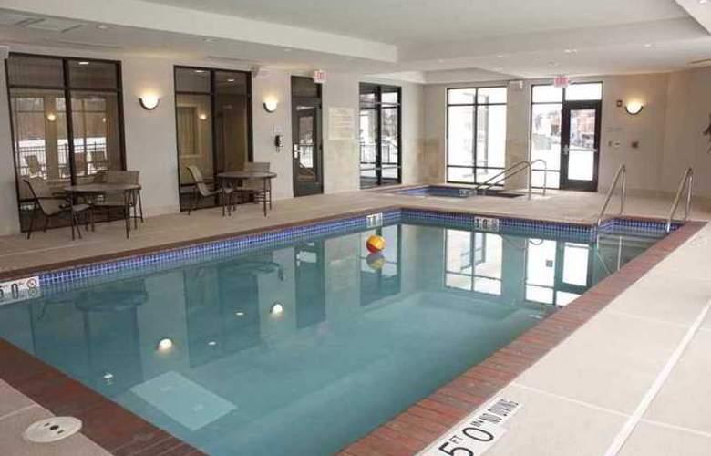 Hampton Inn Burlington - Hotel - 3