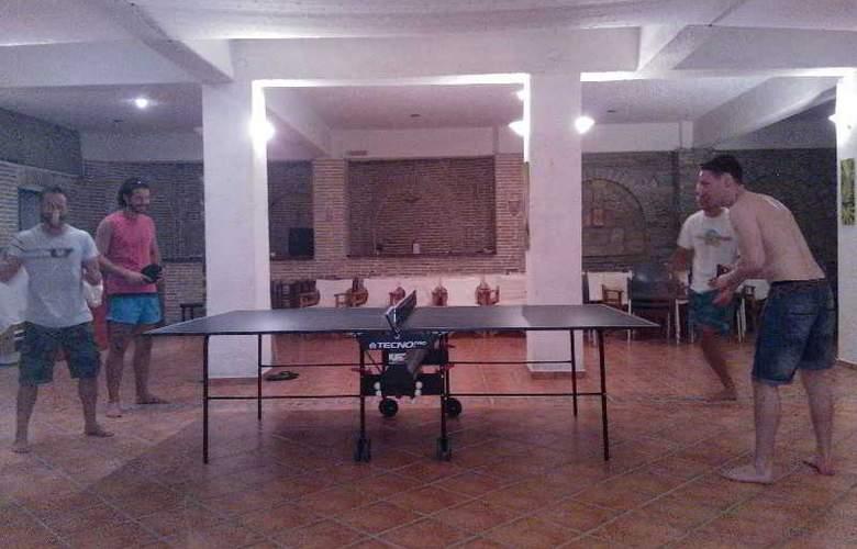 Cavos Bay Hotel & Studios - Sport - 10