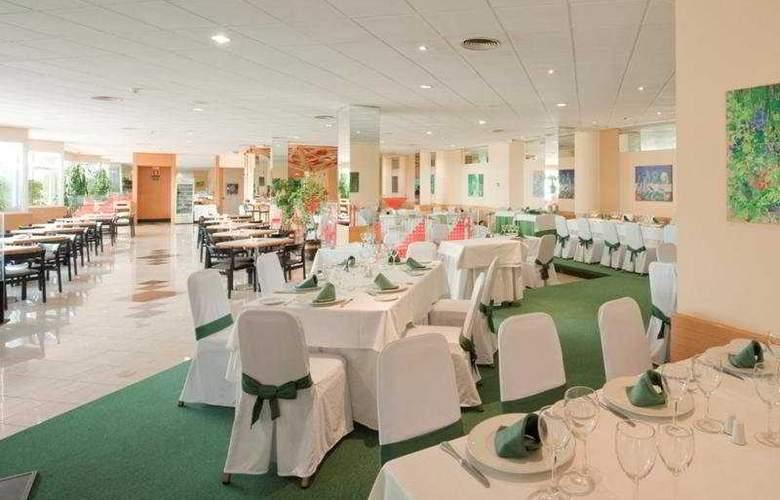 Ilunion Alcora Sevilla - Restaurant - 5