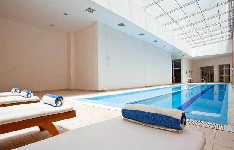 Holiday Inn Express Puebla - Pool - 25