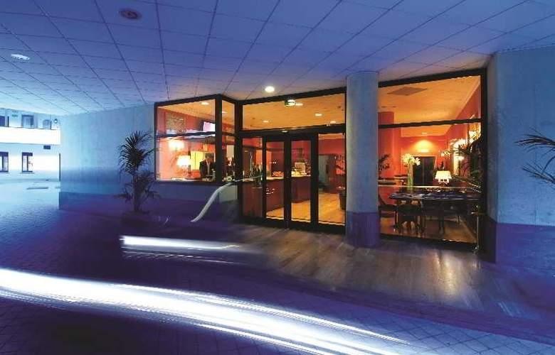 Atahotel de Angeli Residence - Hotel - 0