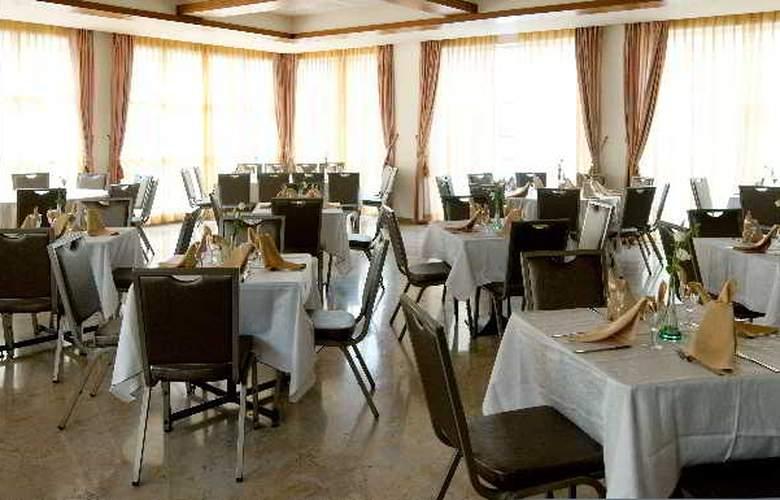 Prima Palace - Restaurant - 21