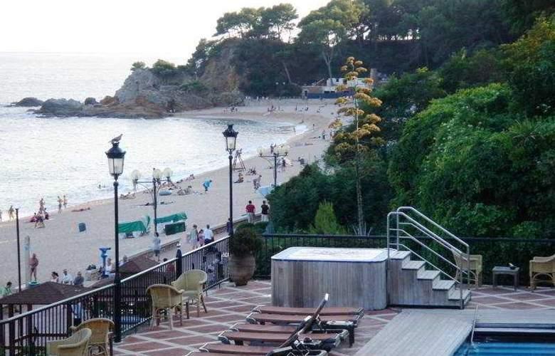 Rigat Park - Beach - 8