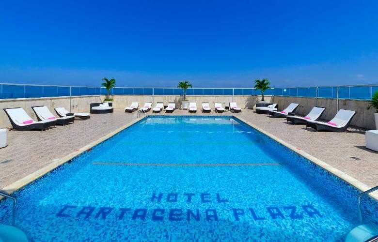 Cartagena Plaza - Pool - 18