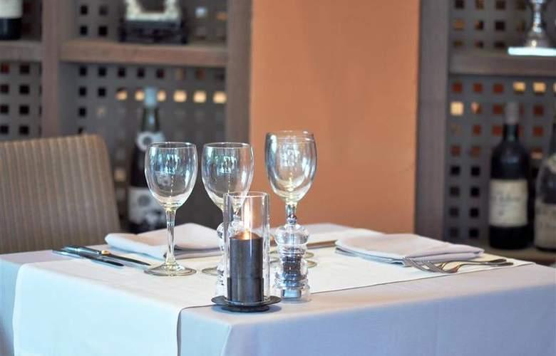 Best Western Hotel Montfleuri - Restaurant - 100