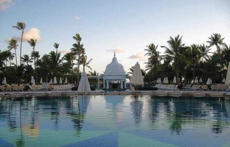 Hotel Riu Palace Punta Cana - Pool - 15