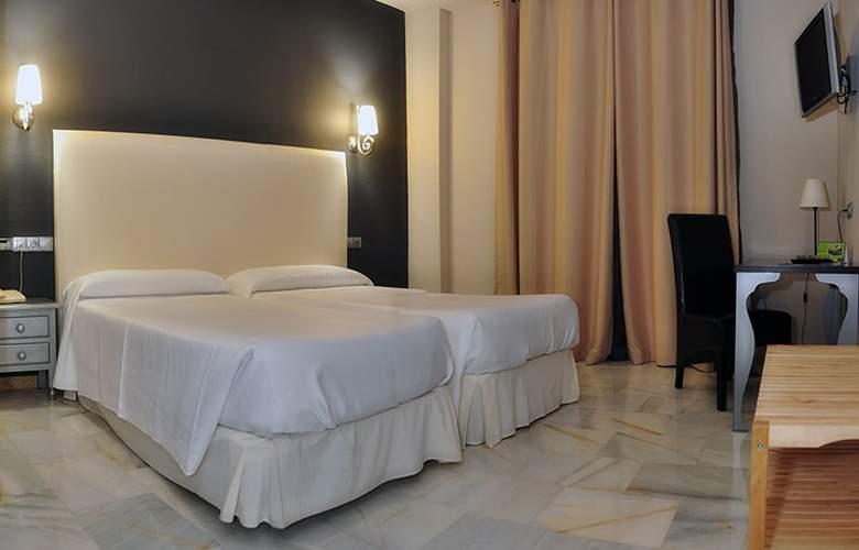 Doña Carmela Sercotel - Room - 13