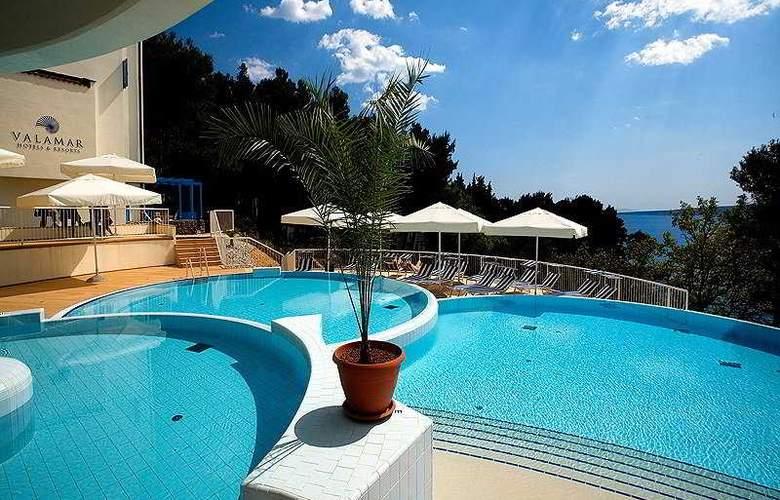 Valamar Koralj Hotel - Pool - 5