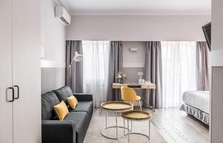 Velazquez 45 - Room - 3