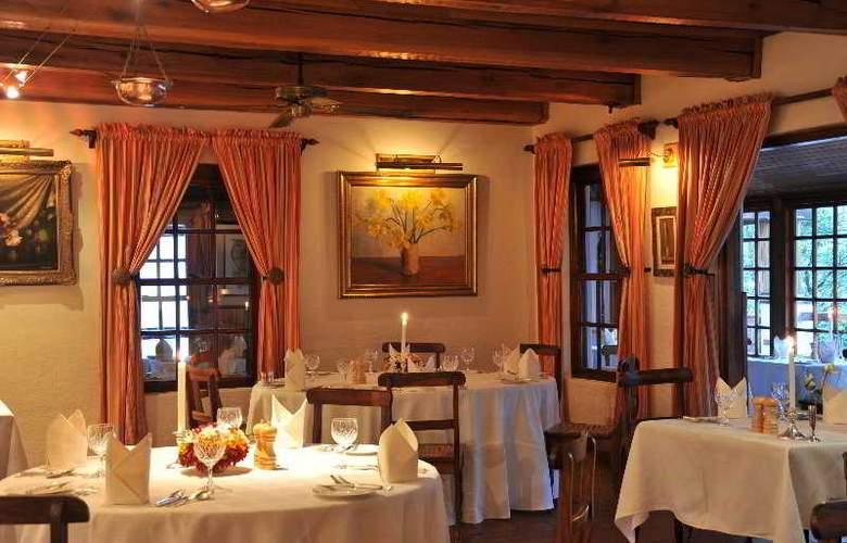 Coach House Hotel & Spa - Restaurant - 4
