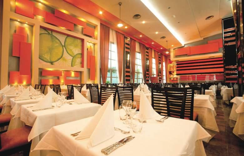 Riu Palace Bavaro - Restaurant - 14