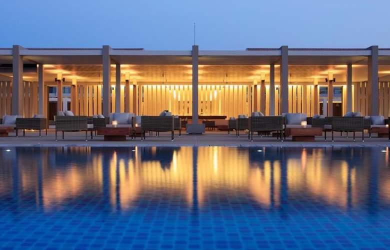 Amaya Beach Resort & Spa - Pool - 2