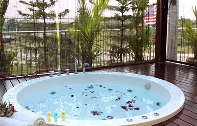 Country Hotel Bandar Baru Klang - Sport - 4