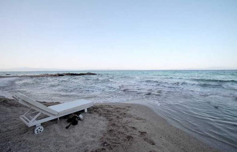 White Suites - Beach - 4