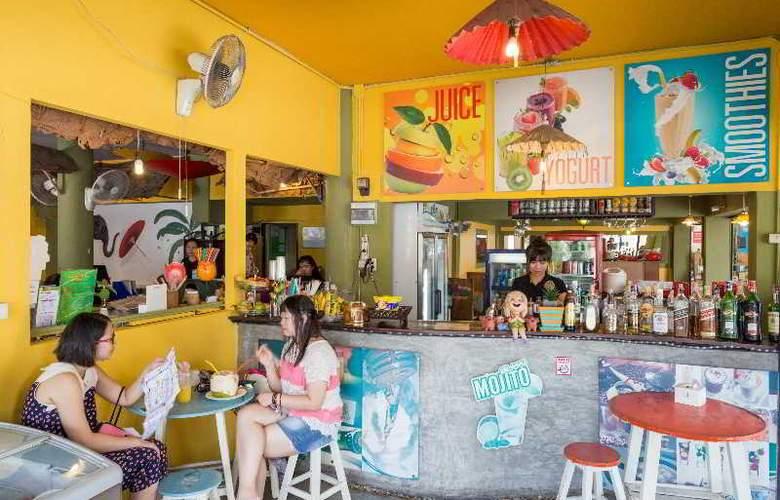 Parasol Inn - Restaurant - 34