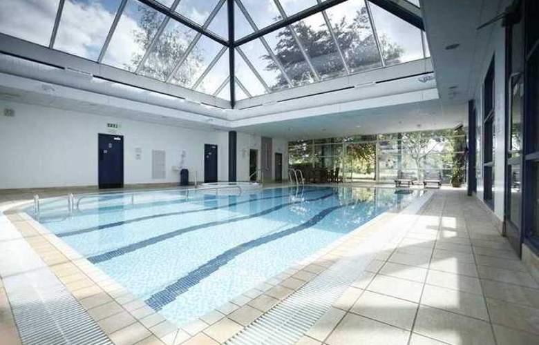 Cambridge - Pool - 3