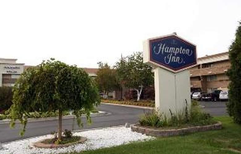 Hampton Inn Detroit/Warren - Hotel - 0