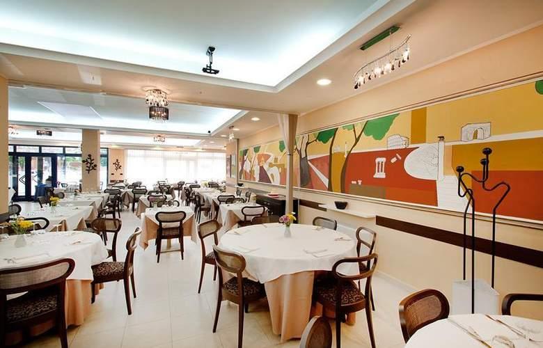 Best Western Blu Hotel Roma - Restaurant - 105