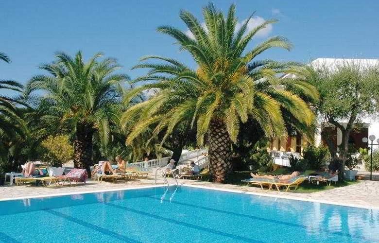 Paradise Hotel Corfu - Pool - 3