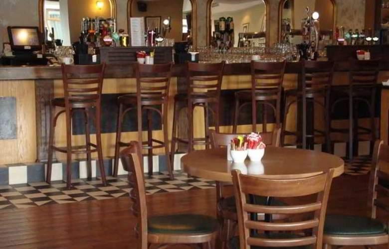 Ard Ri House Hotel - Bar - 3