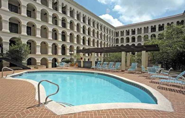 Doubletree Hotel Austin - Hotel - 24