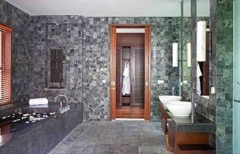 Villa Iskandar - Room - 9