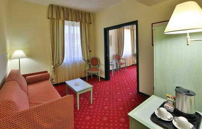 Best Western Nazionale - Room - 2