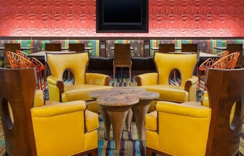 Fairfield Inn & Suites Key West at The Keys Collection - Restaurant - 10