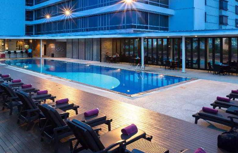 Eastin Hotel Makkasan Bangkok - Pool - 4