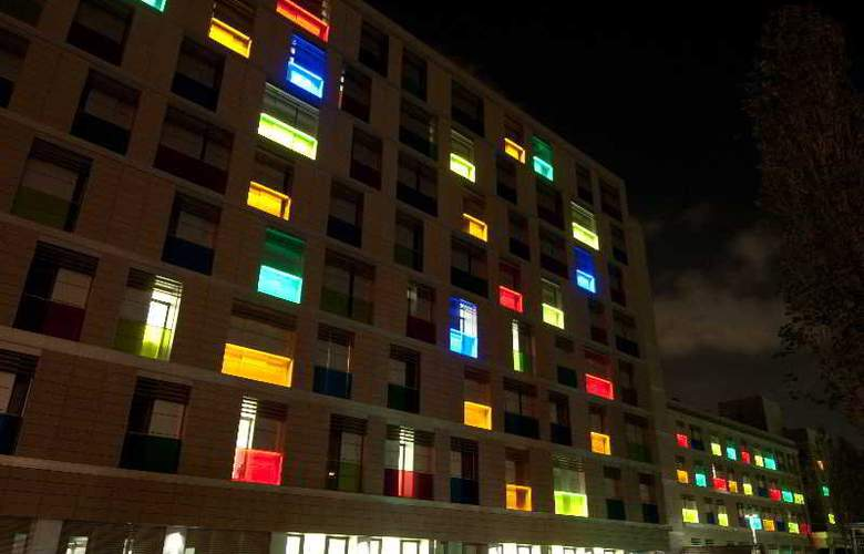 Camplus Living Bononia - Hotel - 9