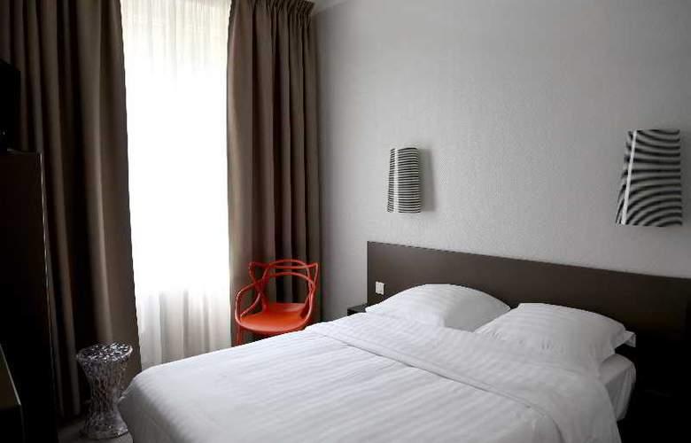 Inter-Hotel Le Sévigné - Room - 5
