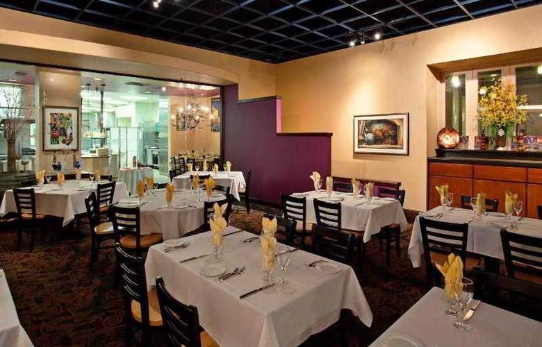 Crowne Plaza Redondo Beach - Restaurant - 4
