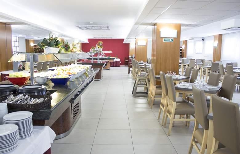 Oasis Park - Restaurant - 5