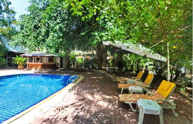Tropica Bungalow Hotel - Pool - 13