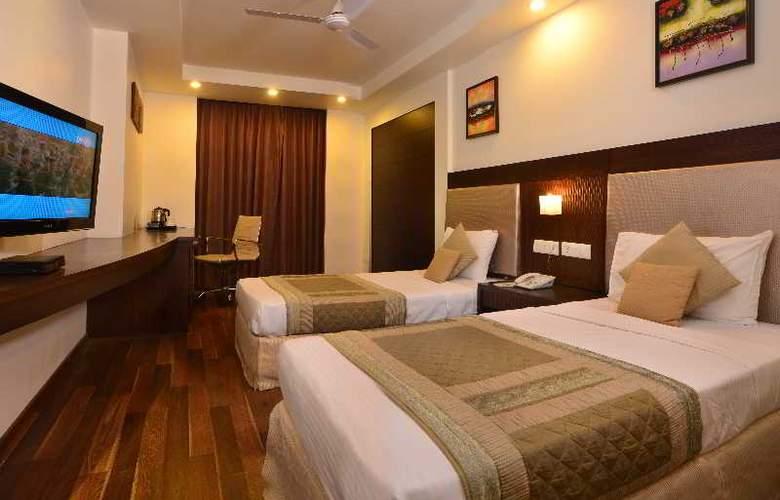 Hotel Le ROI - Room - 3