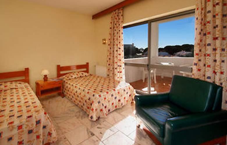 Alfamar Villas & Studios - Room - 6