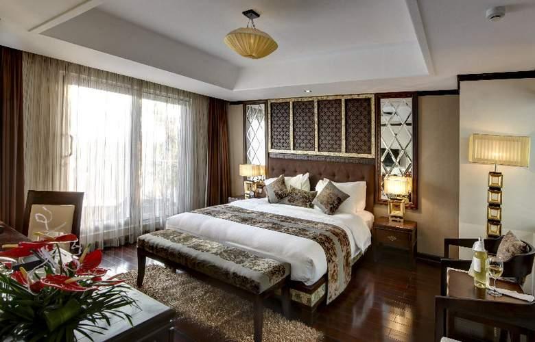 Golden Lotus Luxury Hotel - Room - 7