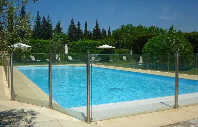 VAL BAUSSENC - Pool - 20