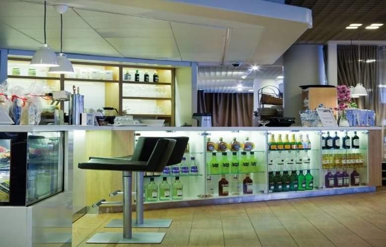 Radisson Blu Espoo - Bar - 5