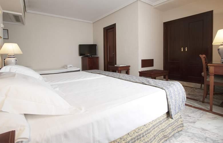 Fernando III - Room - 27