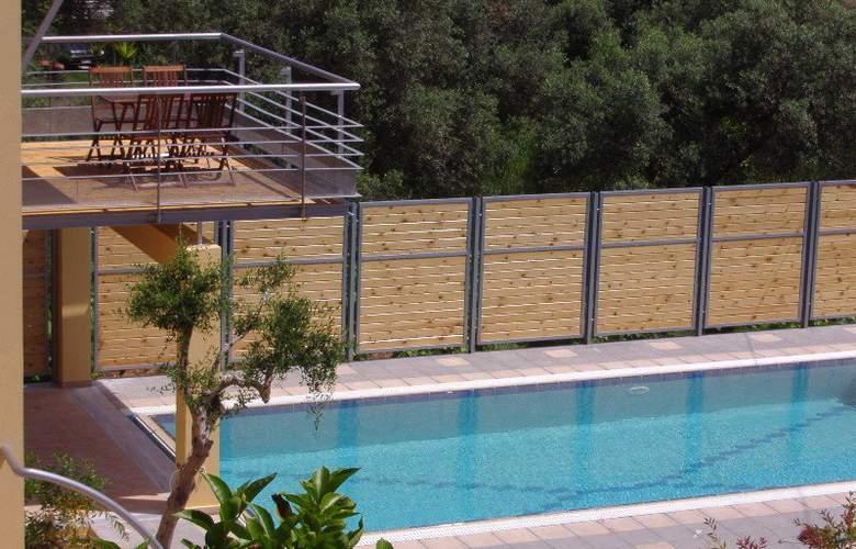 Sorta Apartments - Pool - 4